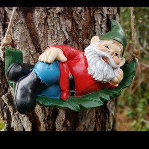 Hanging garden Gnome